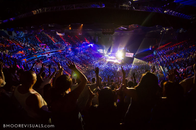 Hillsong United Sold Out Arena Crowd